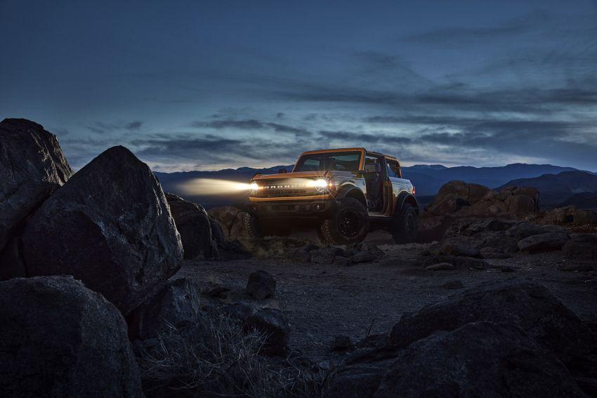 Ford Bronco 2021 didedahkan – pintu, bumbung dan panel badan boleh ditanggal, 2 pilihan enjin EcoBoost Image #1145651