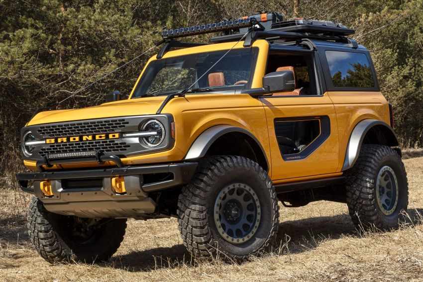 Sixth-generation Ford Bronco debuts – two EcoBoost petrols, removable panels and washable interior Image #1145071