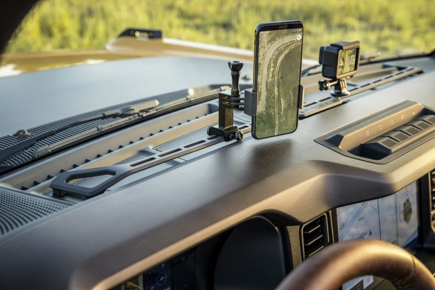 Sixth-generation Ford Bronco debuts – two EcoBoost petrols, removable panels and washable interior Image #1145066