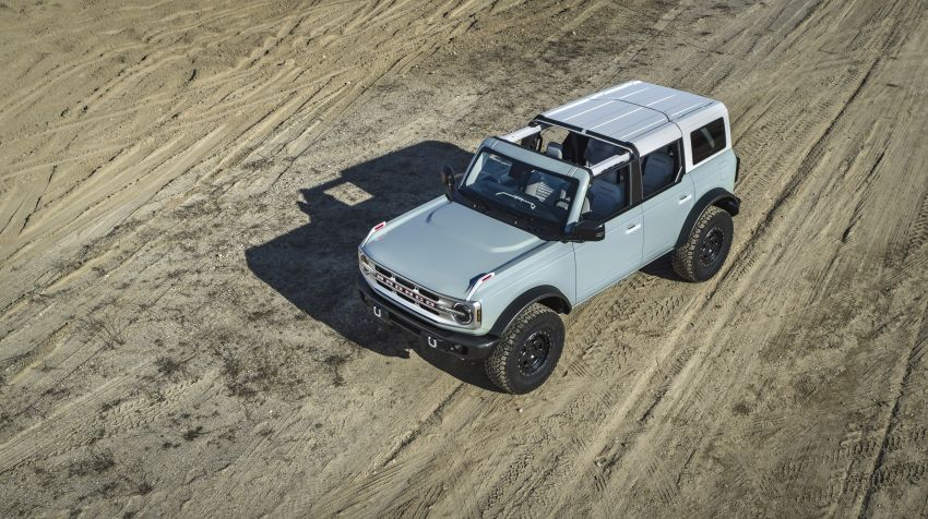 Sixth-generation Ford Bronco debuts – two EcoBoost petrols, removable panels and washable interior Image #1145063