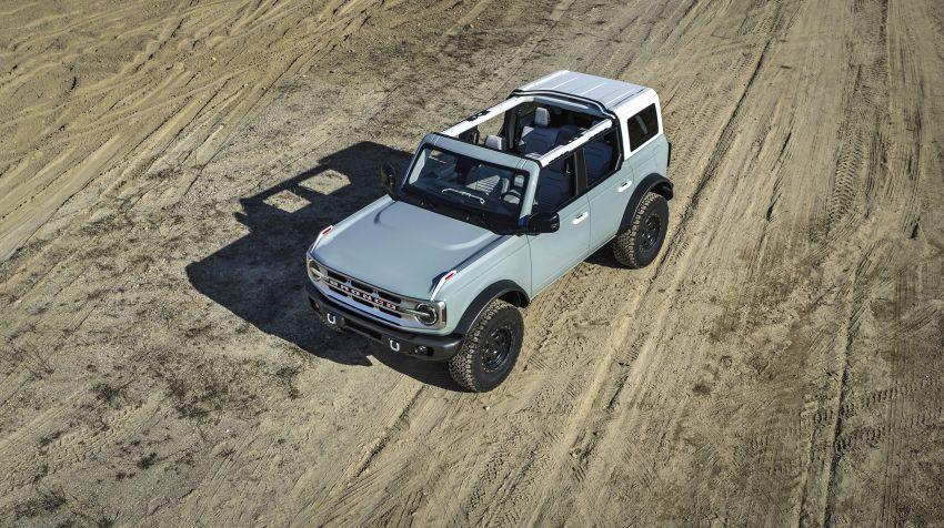 Ford Bronco 2021 didedahkan – pintu, bumbung dan panel badan boleh ditanggal, 2 pilihan enjin EcoBoost Image #1145667