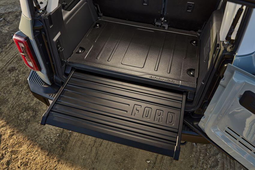 Ford Bronco 2021 didedahkan – pintu, bumbung dan panel badan boleh ditanggal, 2 pilihan enjin EcoBoost Image #1145674