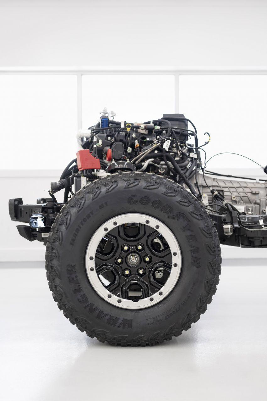Ford Bronco 2021 didedahkan – pintu, bumbung dan panel badan boleh ditanggal, 2 pilihan enjin EcoBoost Image #1145690