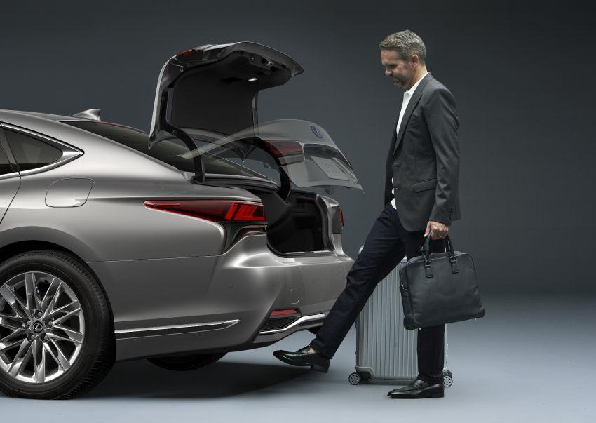 2021 Lexus LS facelift – Lexus Teammate autonomous driving and parking tech, touchscreen, better comfort Image #1142158