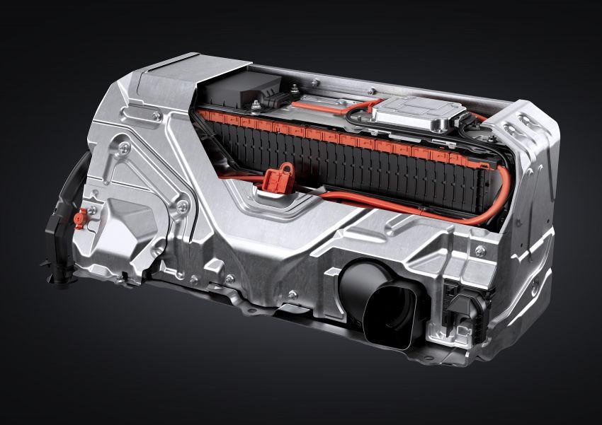 2021 Lexus LS facelift – Lexus Teammate autonomous driving and parking tech, touchscreen, better comfort Image #1142198