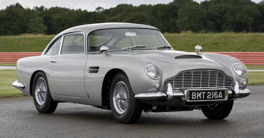 Aston Martin DB5 <em>Goldfinger</em> Continuation – first customer car of 25 completed; 4,500 hours of work Image #1144017