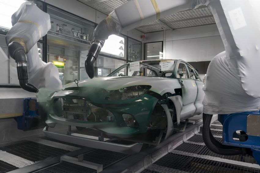 Aston Martin DBX production commences at St Athan Image #1144255
