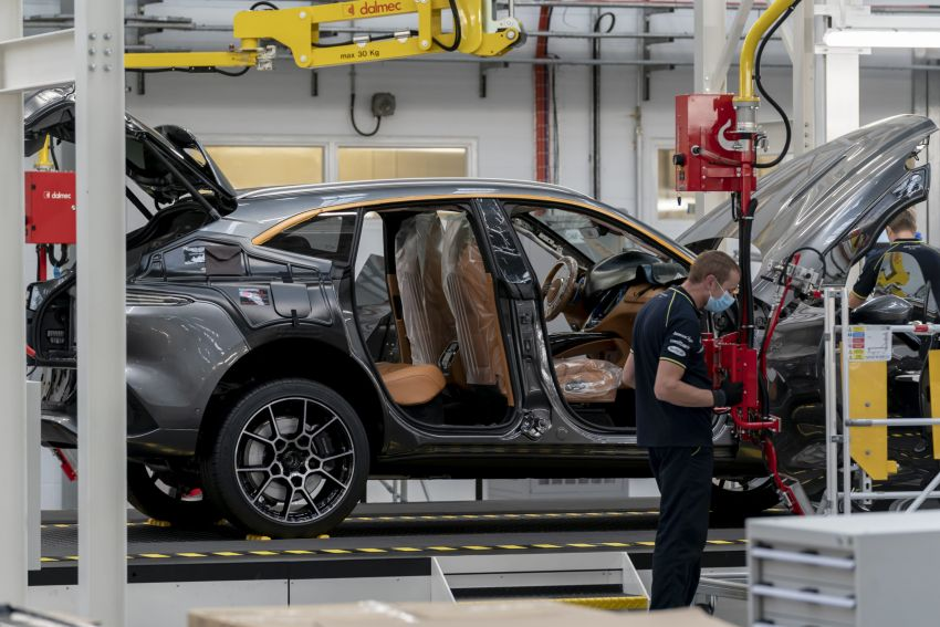 Aston Martin DBX production commences at St Athan Image #1144264