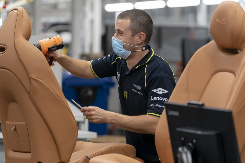 Aston Martin DBX production commences at St Athan Image #1144263