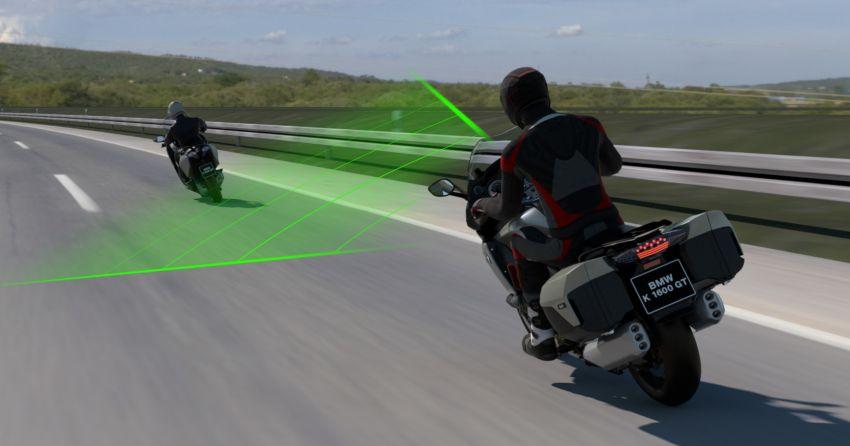 BMW Motorrad perkenalkan Active Cruise Control untuk motosikal – boleh kawal jarak secara automatik Image #1140087