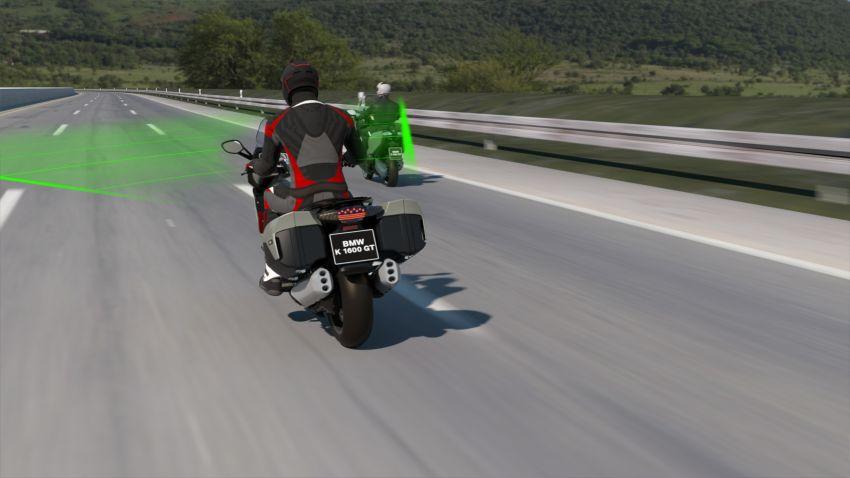 BMW Motorrad perkenalkan Active Cruise Control untuk motosikal – boleh kawal jarak secara automatik Image #1140084