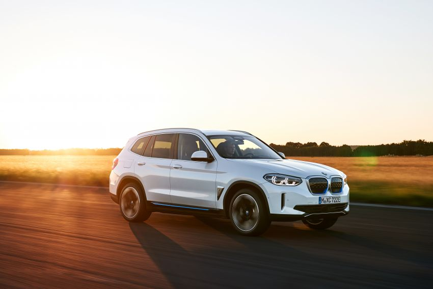 BMW iX3 debuts – 460 km range, 0-100 km/h in 6.8s; Adaptive M suspension as later over-the-air update Image #1146094