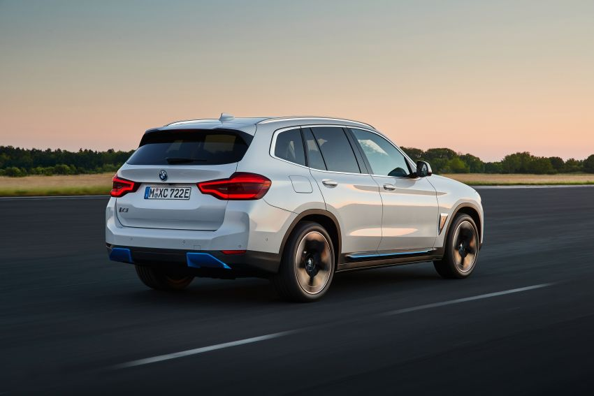 BMW iX3 debuts – 460 km range, 0-100 km/h in 6.8s; Adaptive M suspension as later over-the-air update Image #1146097