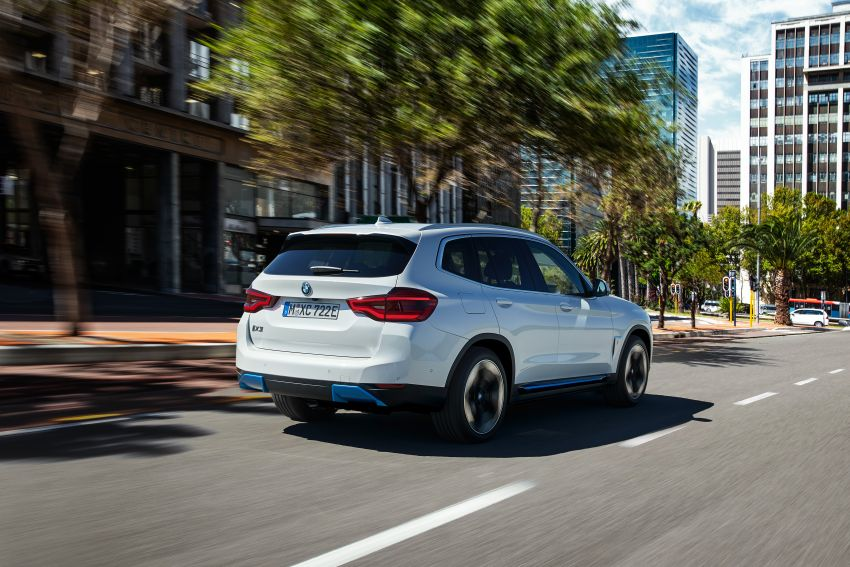 BMW iX3 debuts – 460 km range, 0-100 km/h in 6.8s; Adaptive M suspension as later over-the-air update Image #1146104