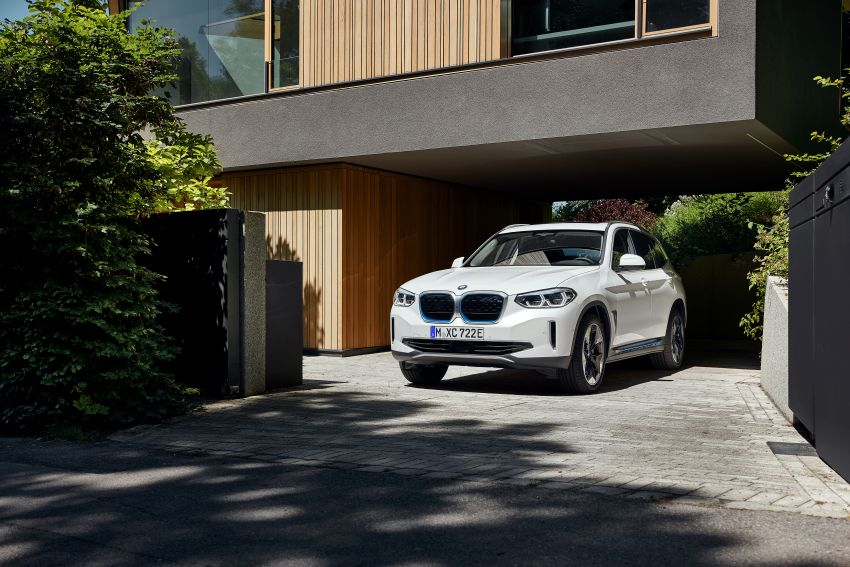 BMW iX3 debuts – 460 km range, 0-100 km/h in 6.8s; Adaptive M suspension as later over-the-air update Image #1146111