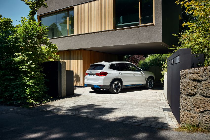 BMW iX3 debuts – 460 km range, 0-100 km/h in 6.8s; Adaptive M suspension as later over-the-air update Image #1146114