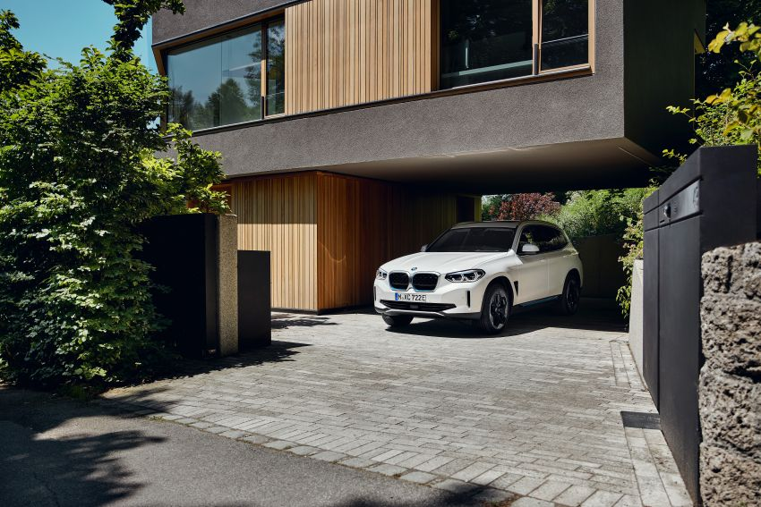BMW iX3 debuts – 460 km range, 0-100 km/h in 6.8s; Adaptive M suspension as later over-the-air update Image #1146117
