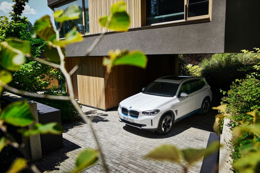 BMW iX3 debuts – 460 km range, 0-100 km/h in 6.8s; Adaptive M suspension as later over-the-air update Image #1146118