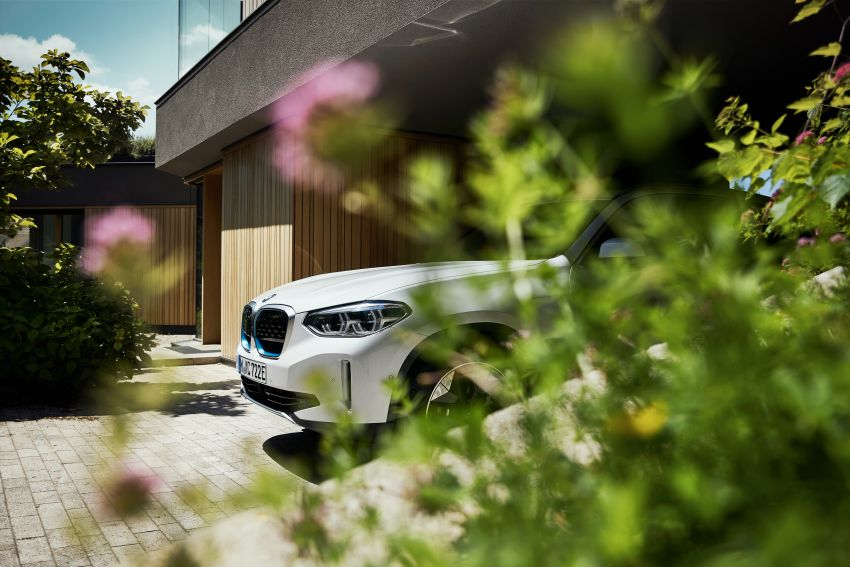 BMW iX3 debuts – 460 km range, 0-100 km/h in 6.8s; Adaptive M suspension as later over-the-air update Image #1146119