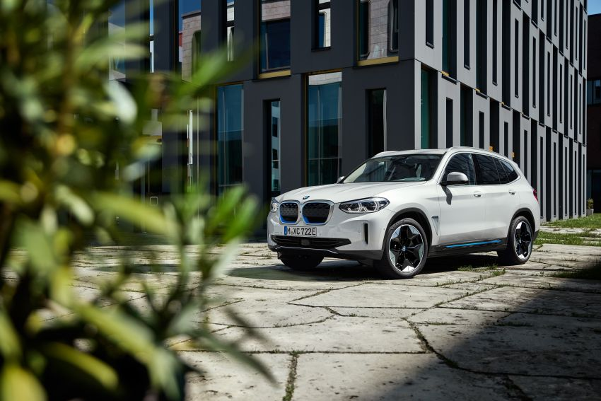 BMW iX3 debuts – 460 km range, 0-100 km/h in 6.8s; Adaptive M suspension as later over-the-air update Image #1146120