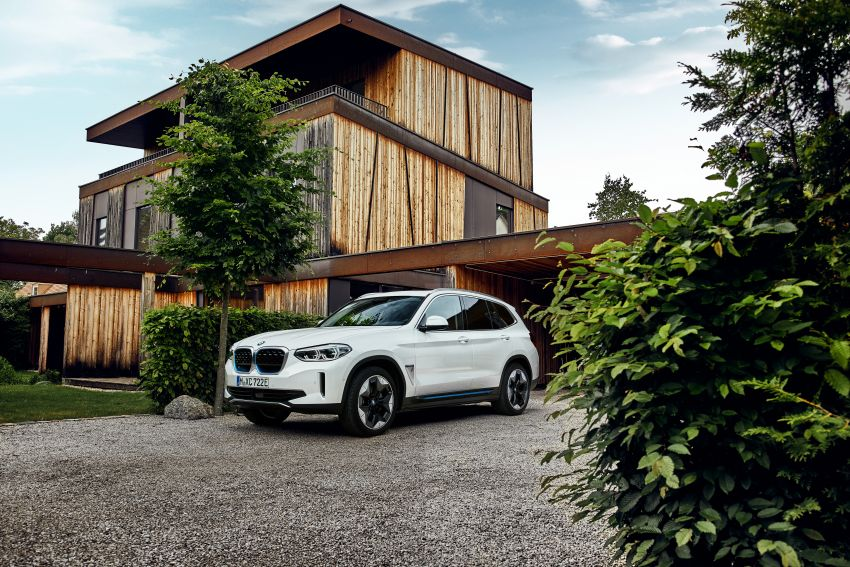 BMW iX3 debuts – 460 km range, 0-100 km/h in 6.8s; Adaptive M suspension as later over-the-air update Image #1146127