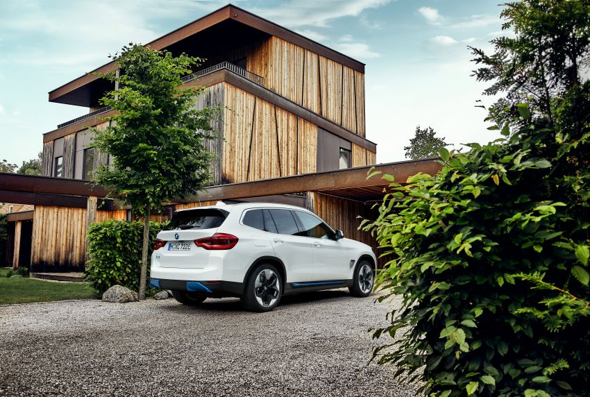BMW iX3 debuts – 460 km range, 0-100 km/h in 6.8s; Adaptive M suspension as later over-the-air update Image #1146129