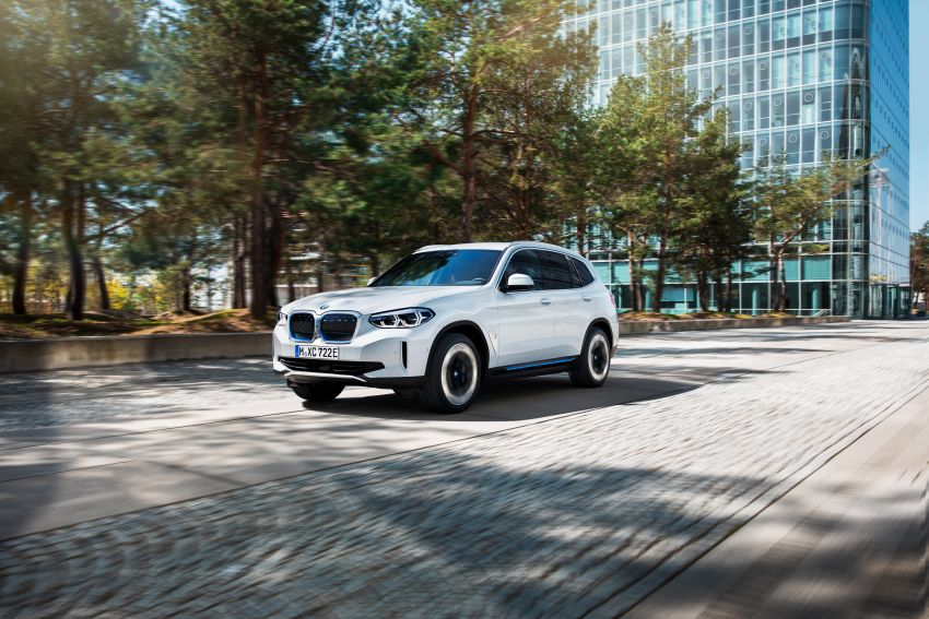 BMW iX3 debuts – 460 km range, 0-100 km/h in 6.8s; Adaptive M suspension as later over-the-air update Image #1146130