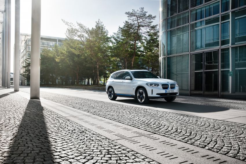 BMW iX3 debuts – 460 km range, 0-100 km/h in 6.8s; Adaptive M suspension as later over-the-air update Image #1146131