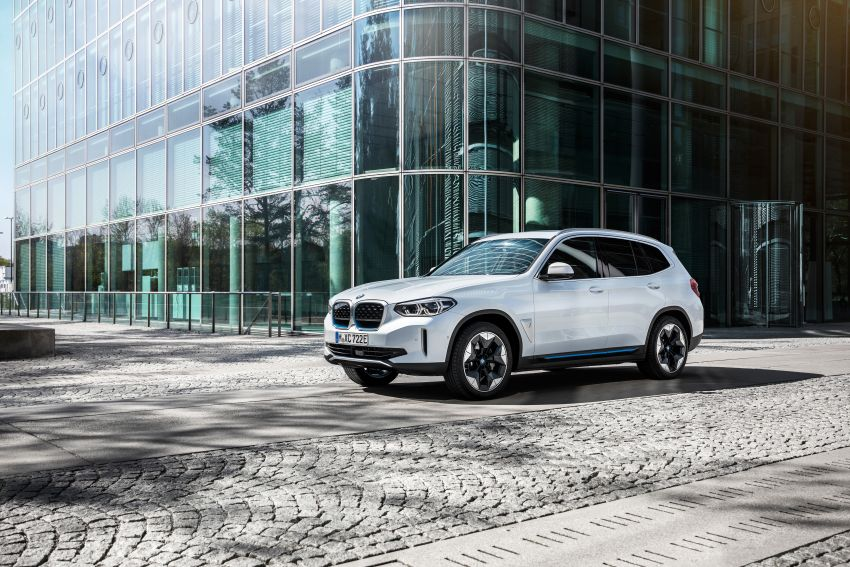 BMW iX3 debuts – 460 km range, 0-100 km/h in 6.8s; Adaptive M suspension as later over-the-air update Image #1146133