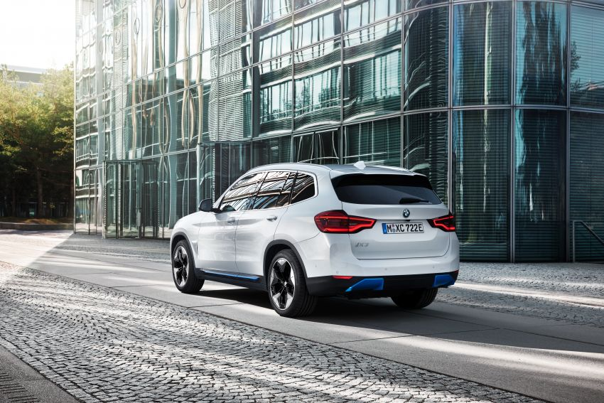 BMW iX3 debuts – 460 km range, 0-100 km/h in 6.8s; Adaptive M suspension as later over-the-air update Image #1146141