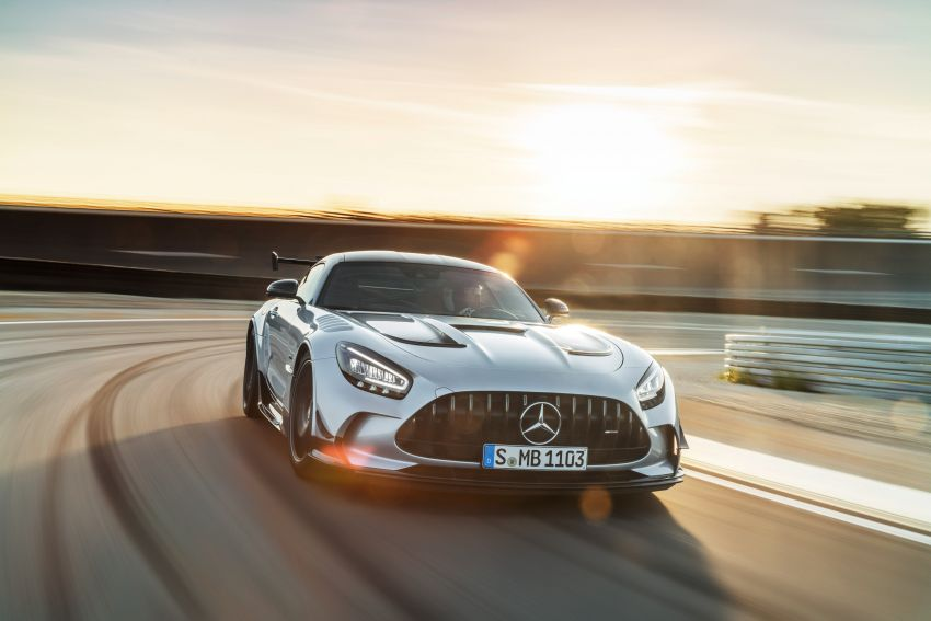 C190 Mercedes-AMG GT Black Series debuts – 4L twin-turbo flat-plane V8; 730 PS, 800 Nm; crazy aero Image #1146399