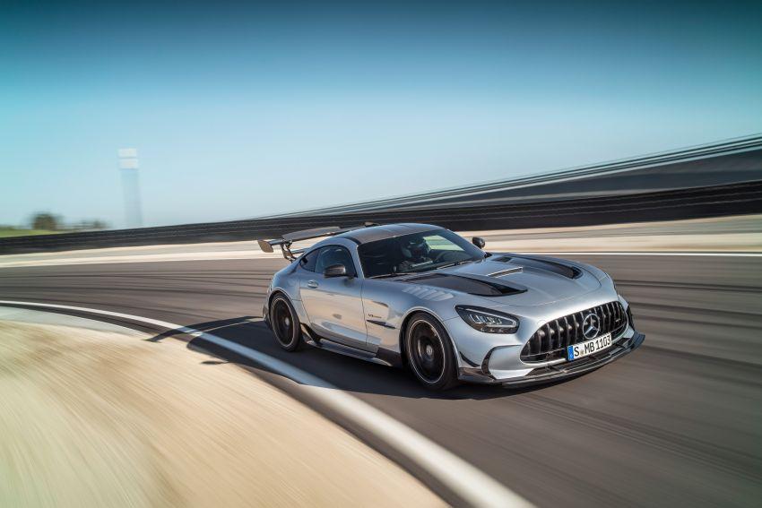 C190 Mercedes-AMG GT Black Series debuts – 4L twin-turbo flat-plane V8; 730 PS, 800 Nm; crazy aero Image #1146406
