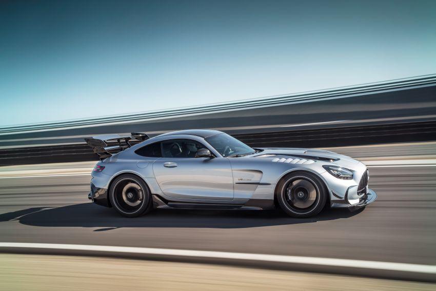 C190 Mercedes-AMG GT Black Series debuts – 4L twin-turbo flat-plane V8; 730 PS, 800 Nm; crazy aero Image #1146413