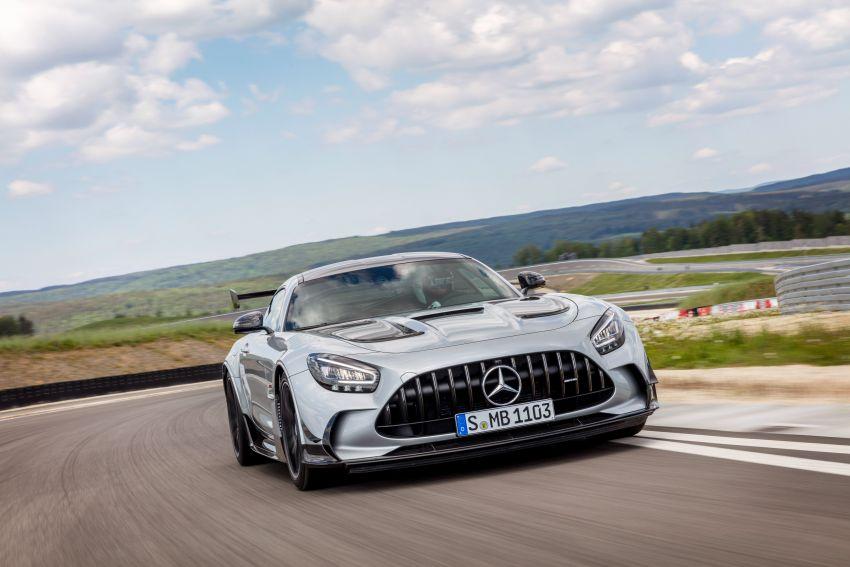 C190 Mercedes-AMG GT Black Series debuts – 4L twin-turbo flat-plane V8; 730 PS, 800 Nm; crazy aero Image #1146424