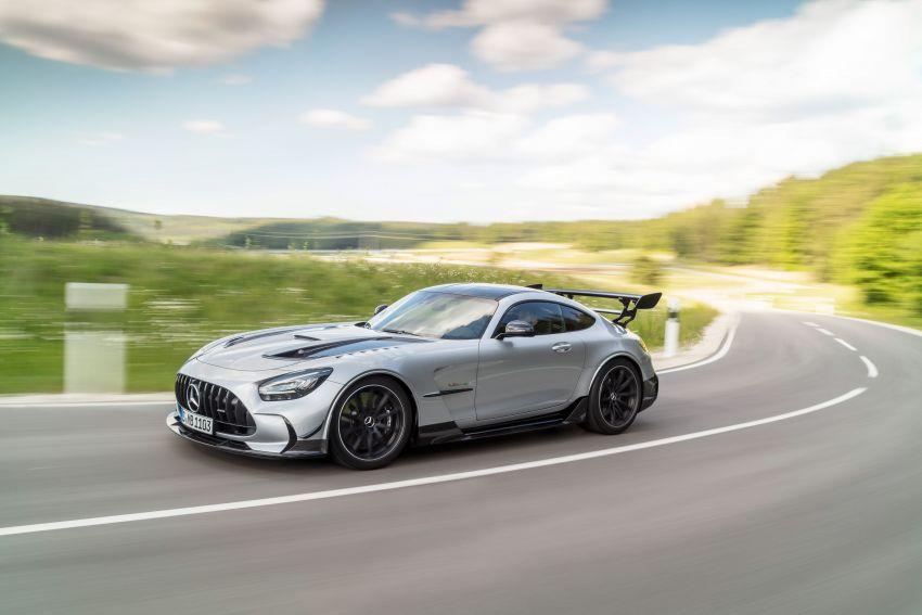 C190 Mercedes-AMG GT Black Series debuts – 4L twin-turbo flat-plane V8; 730 PS, 800 Nm; crazy aero Image #1146448