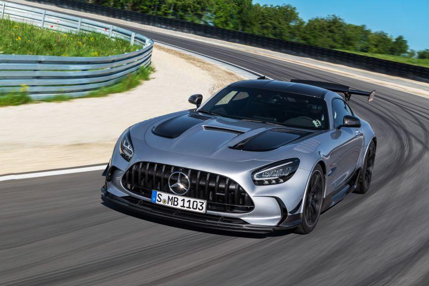 C190 Mercedes-AMG GT Black Series debuts – 4L twin-turbo flat-plane V8; 730 PS, 800 Nm; crazy aero Image #1146453