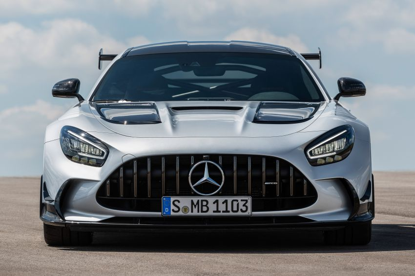 C190 Mercedes-AMG GT Black Series debuts – 4L twin-turbo flat-plane V8; 730 PS, 800 Nm; crazy aero Image #1146461