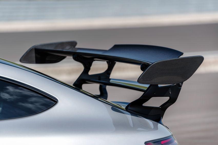 C190 Mercedes-AMG GT Black Series debuts – 4L twin-turbo flat-plane V8; 730 PS, 800 Nm; crazy aero Image #1146474