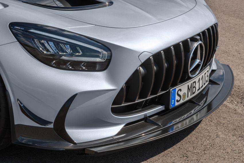 C190 Mercedes-AMG GT Black Series debuts – 4L twin-turbo flat-plane V8; 730 PS, 800 Nm; crazy aero Image #1146486