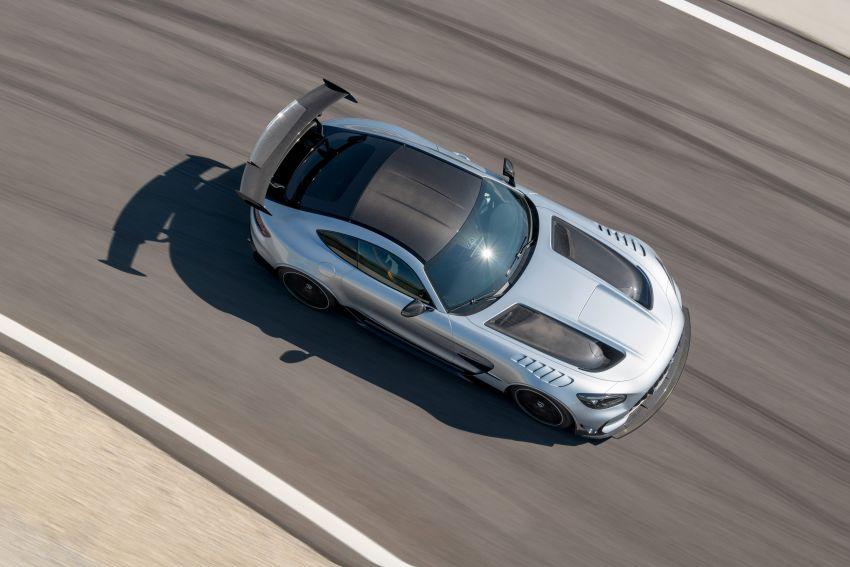 C190 Mercedes-AMG GT Black Series debuts – 4L twin-turbo flat-plane V8; 730 PS, 800 Nm; crazy aero Image #1146390