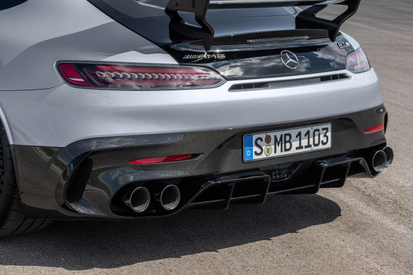 C190 Mercedes-AMG GT Black Series debuts – 4L twin-turbo flat-plane V8; 730 PS, 800 Nm; crazy aero Image #1146505