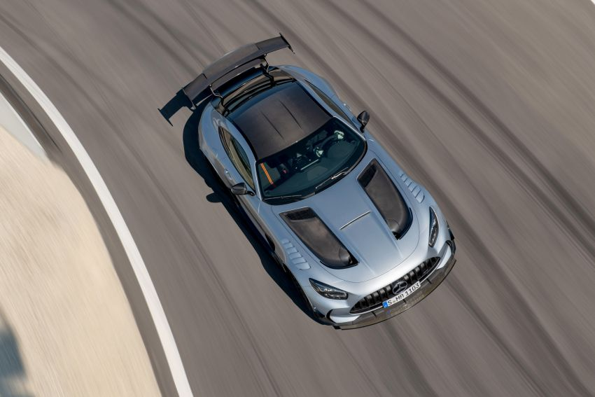 C190 Mercedes-AMG GT Black Series debuts – 4L twin-turbo flat-plane V8; 730 PS, 800 Nm; crazy aero Image #1146393
