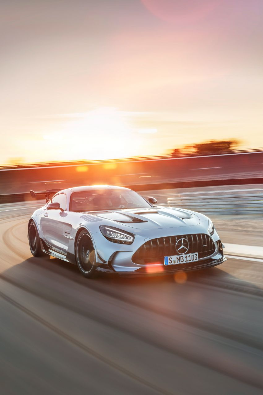 C190 Mercedes-AMG GT Black Series debuts – 4L twin-turbo flat-plane V8; 730 PS, 800 Nm; crazy aero Image #1146517