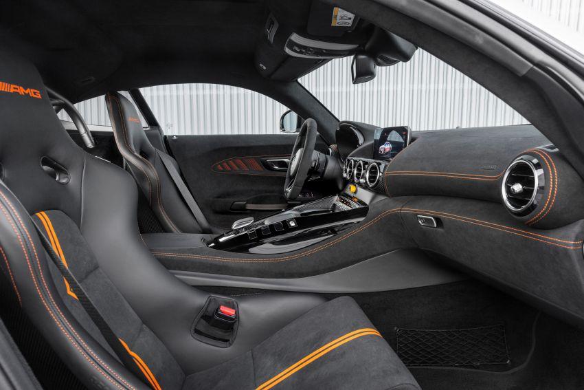 C190 Mercedes-AMG GT Black Series debuts – 4L twin-turbo flat-plane V8; 730 PS, 800 Nm; crazy aero Image #1146524
