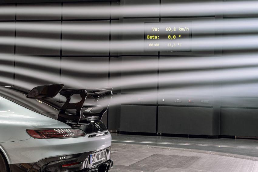 C190 Mercedes-AMG GT Black Series debuts – 4L twin-turbo flat-plane V8; 730 PS, 800 Nm; crazy aero Image #1146536
