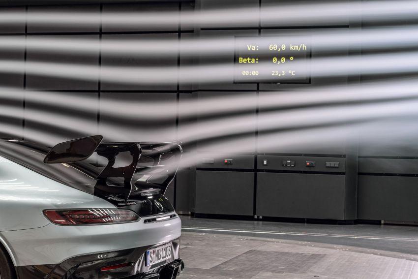 C190 Mercedes-AMG GT Black Series debuts – 4L twin-turbo flat-plane V8; 730 PS, 800 Nm; crazy aero Image #1146537