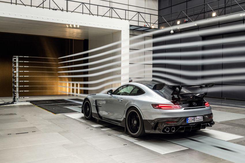 C190 Mercedes-AMG GT Black Series debuts – 4L twin-turbo flat-plane V8; 730 PS, 800 Nm; crazy aero Image #1146540