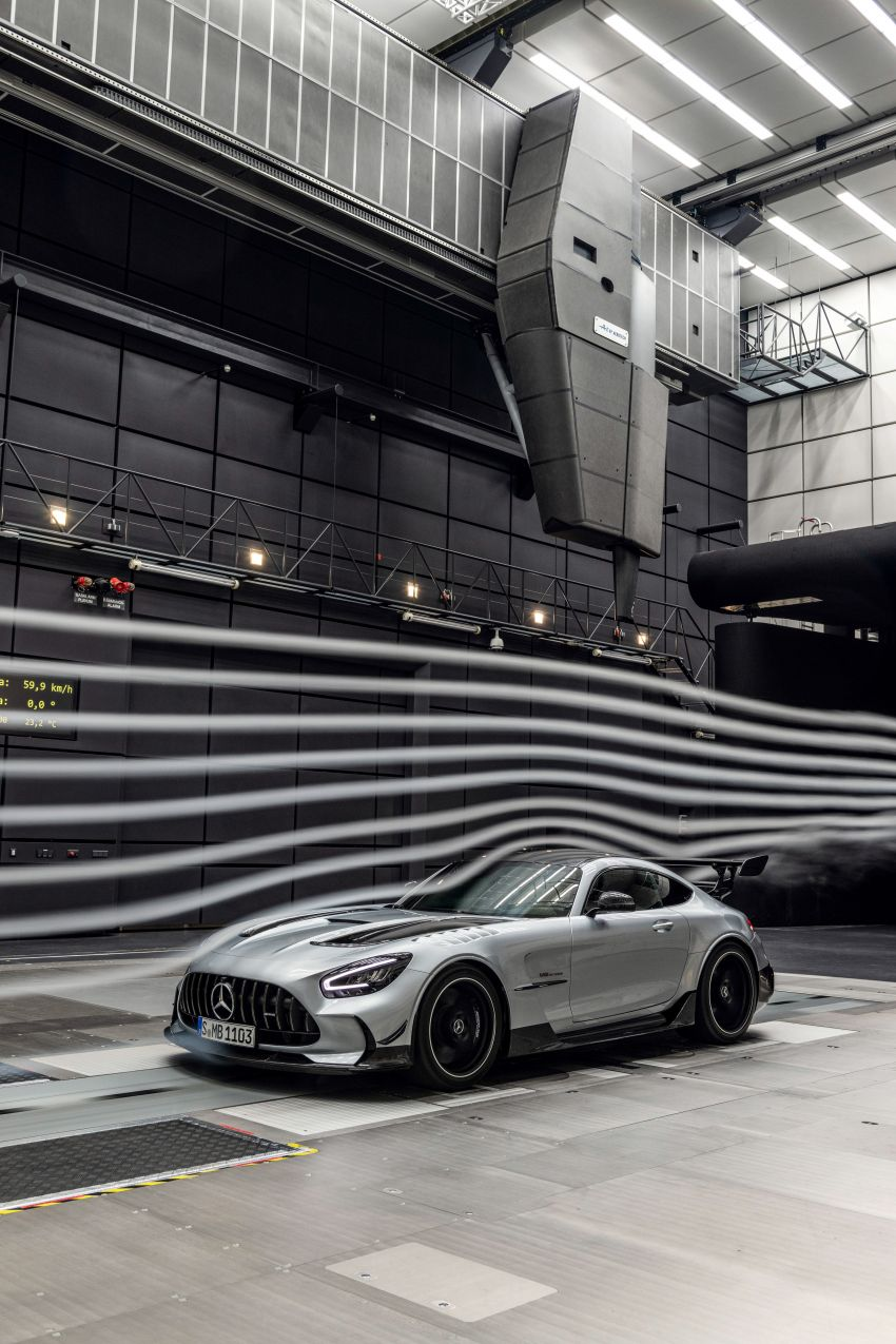 C190 Mercedes-AMG GT Black Series debuts – 4L twin-turbo flat-plane V8; 730 PS, 800 Nm; crazy aero Image #1146545