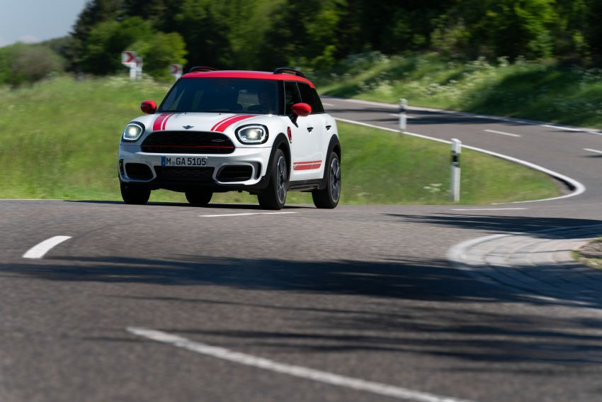 2020 F60 MINI John Cooper Works Countryman facelift debuts – updated styling; new kit; 306 PS and 450 Nm Image #1150421
