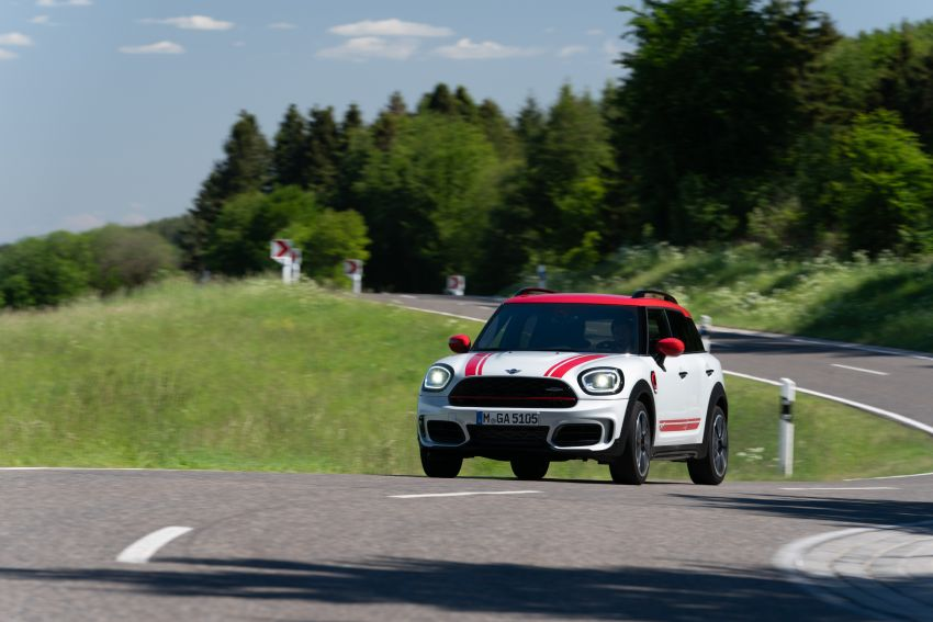 2020 F60 MINI John Cooper Works Countryman facelift debuts – updated styling; new kit; 306 PS and 450 Nm Image #1150426